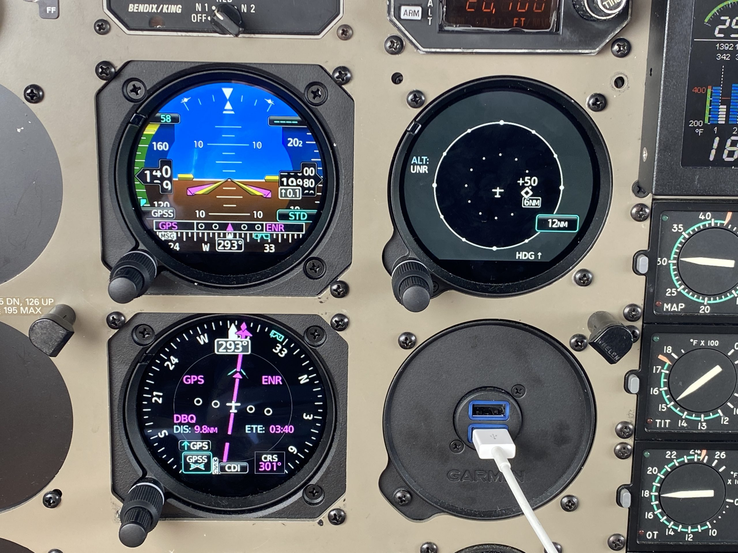 Garmin GI 275 Finds a Home in the PA-46